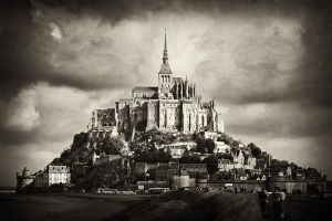 Mont Saint Michel by TrollDuNord