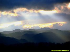 MAGIC RAYS OVER THE MOUNTAINS... by magicandbrother