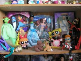 cartoondisney doll boxed shelf by JCproductions