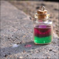 Green-violett potion by astis