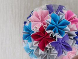 Traditional Kusudama by Revenia