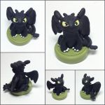 Toothless Miniature Sculpture by LeiliaClay