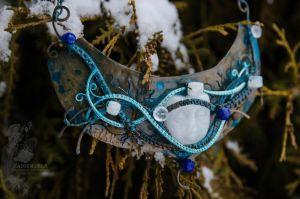 Necklace 'The Keeper of Northern Forest' by Madormidera