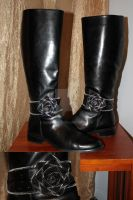Boot Jewelry - Zipper Rose by BenaeQuee
