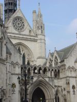 Royal Courts of Justice by LunaticDesire