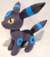 Shiny Umbreon plush by FollyLolly