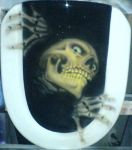 Airbrush skull on toilet seat by aircap