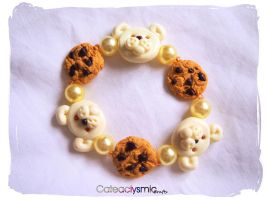 Teddy Bear Cookie Bracelet by Cateaclysmic