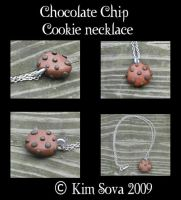 Chocolate Chip Cookie Necklace by teiris