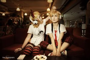Kagamine Twin - Dating by vaxzone