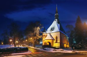 Church of Holy Cross by UNexperienced