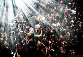 Nightclubbing by gdphotography