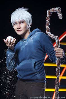 Jack Frost Cosplay ~Hey, am I on the naughty list? by liui-aquino