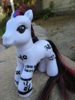 Miyavi Custom Pony by Bumblesweet