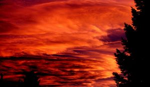 Sky of Fire by mrthemanphoto