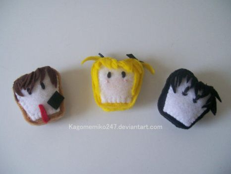 Death Note Toast Plushies by hand-sewers-unite