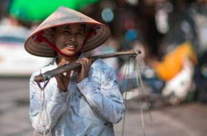 Vietnamese Girl by nnPhoto