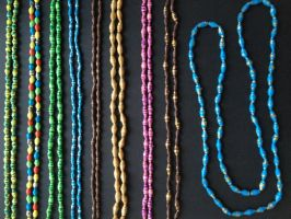 Neckless, paper beads 03 by SecondChanceCrafts