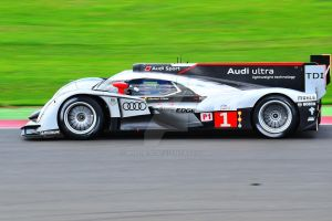 No 1 Audi R18 TDI by Willie-J