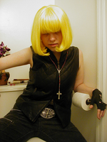 Mello-cosplay on da toilet by bip-bebop