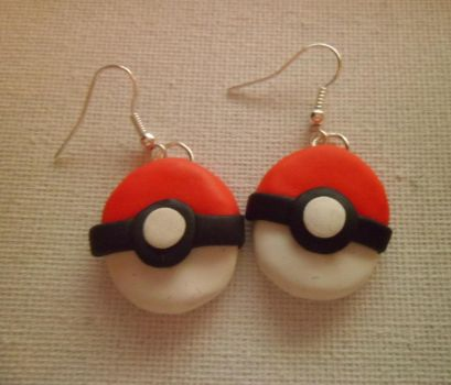 Pokeball Earrings by delicioustrifle