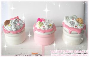 Round Deco Boxes 2 by Fluffntuff