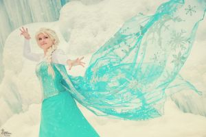 Elsa by EnchantedCupcake