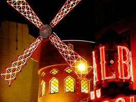 Moulin Rouge by ChipOfMoon