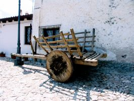 Old cart by tomaplaw