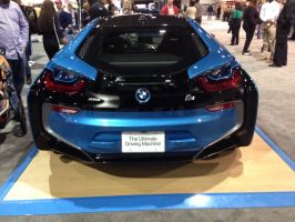 Bmw i8 by geovailpintor