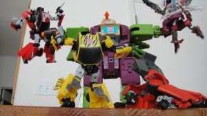 TRANSFORMERS ALL OUT ATTACK by U-D0NT-KN0W-ME