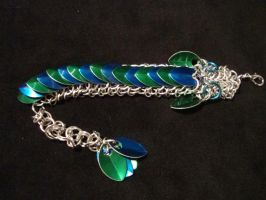 Green and Blue Chainmail Dragon by xThe-Royal-Dragonx