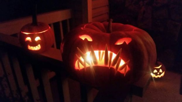 angler fish pumpkin  by E1L0n3wy