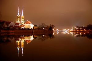 Cathedral reflection by paweldomaradzki