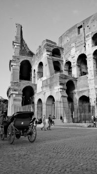Colosseum B and W by axcftu