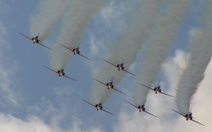 red arrows display 8 head on by Sceptre63