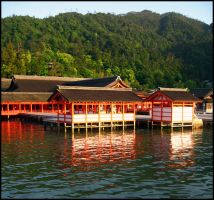 Itsukushima Shrine by Lisappe