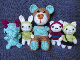 Latest amigurumi pile up! by Revenia