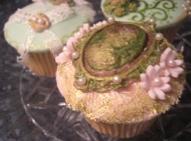 Cameo Cupcake by S-y-c