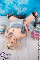 Fallen Alice by thealicemalice