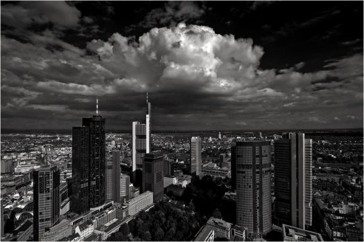 frankfurt from top to bottom by Dr007