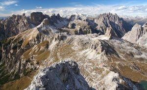 Welcome on Dolomiti planet by PyreneesBear