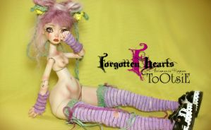 Free Forgotten Hearts Wall Paper by FHdolls