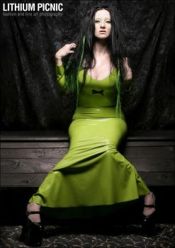 green dress by lithiumpicnic