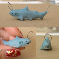 Shark Charm for Anchiornis by YYHyasha