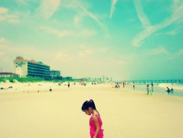 there is sand in my toeses by taliajazel