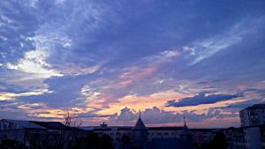 Paint the sky purple. by diveninlimerence