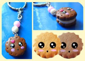 Cookie keychain by Yle87