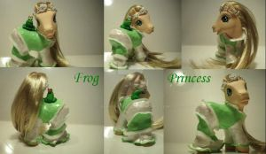 My little Pony Custom Frog P. by BerryMouse