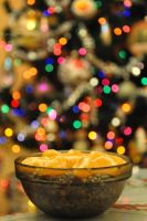 Christmas Eve - poppy with mandarines by fotografka